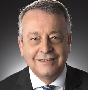photo de face d'Antoine Frérot, PDG de Veolia